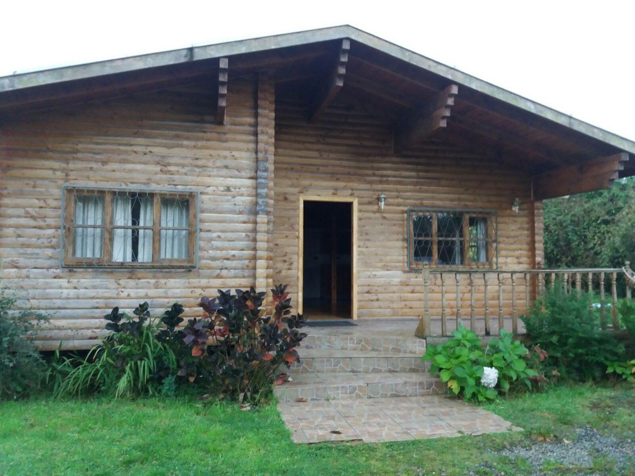Se arrienda casa , Parque Ivian , Puerto Varas.