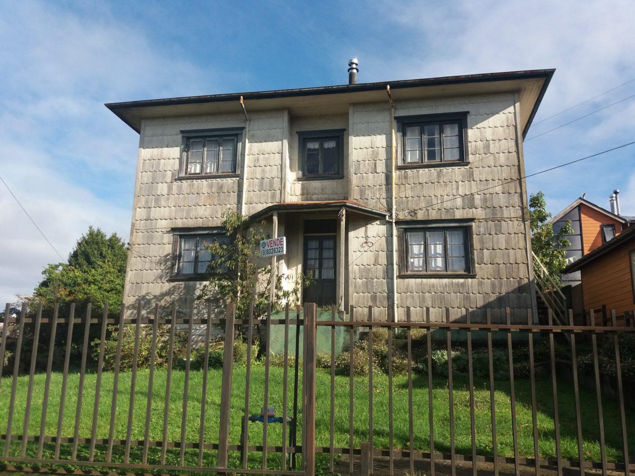 Se vende casa típica de la zona,calle Tocornal,Puerto Varas.