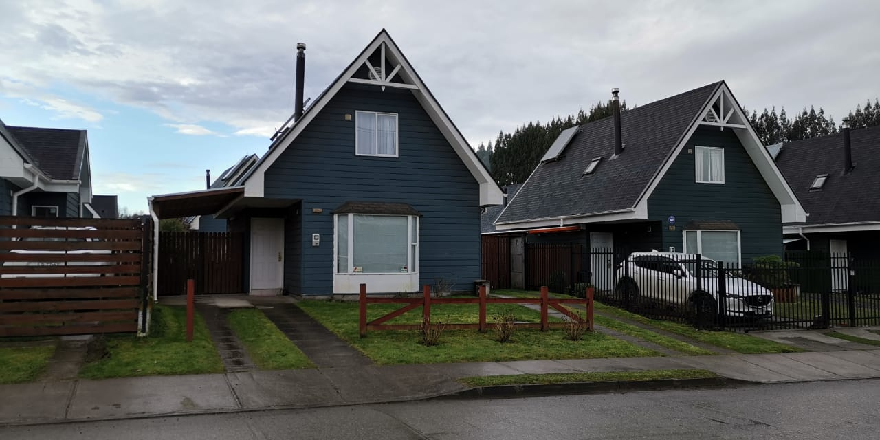 Se Arrienda casa, sector Colegio Puerto Varas, Patagonia.